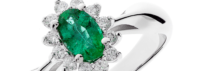 Emerald and Diamond Jewelry